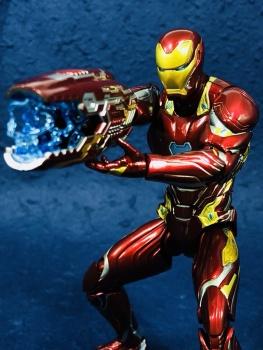 Iron Man (S.H.Figuarts) - Page 17 UR4RKZdV_t