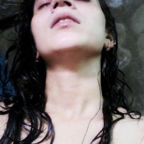 Deepika hot nude pics
