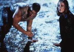 Универсальный солдат / Universal Soldier; Жан-Клод Ван Дамм (Jean-Claude Van Damme), Дольф Лундгрен (Dolph Lundgren), 1992 - Страница 2 PDUGERUI_t