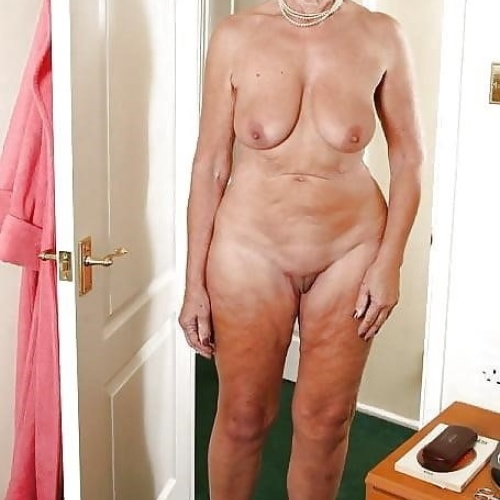 Naked sexy old ladies