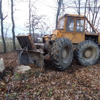 Traktor šumski LKT 81 T NLlykyCL_t