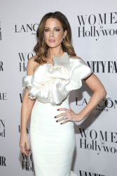 Kate Beckinsale EfKVdoT7_t