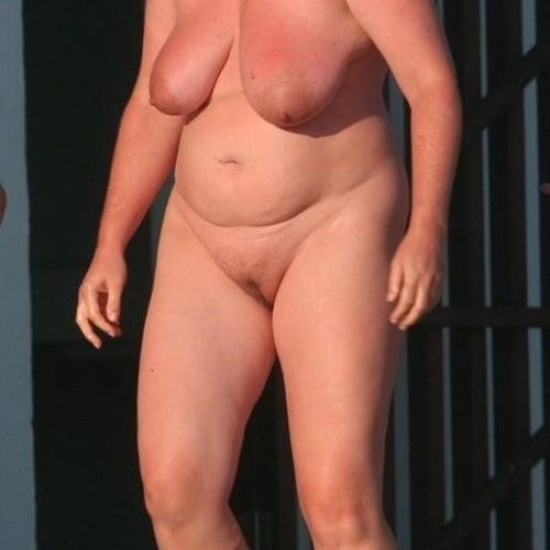 Fully nude ladies