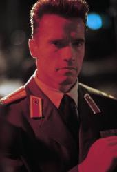 Красная жара / Red Heat (Арнольд Шварценеггер, Джеймс Белуши, 1988) - Страница 2 IqnTlHQM_t