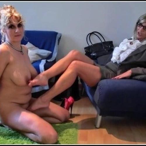 Lesbian foot xxx