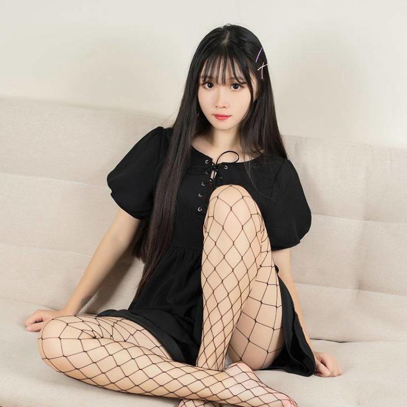[寫真] 黑色网袜的浪妹子[40P]主演: