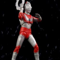 Ultraman (S.H. Figuarts / Bandai) - Page 5 Zqhvxjlr_t