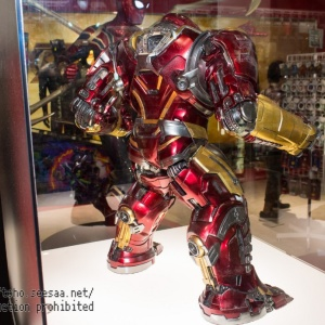 Avengers Infinity War - HulkBuster Mark 2 1/6 (Hot Toys) ID7hwYNF_t