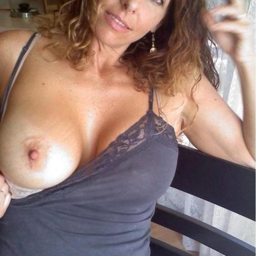 Naked ordinary girls