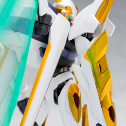 "Gundam : Code Geass - Metal Robot Side KMF ""The Robot Spirits"" (Bandai) - Page 3 NUJOGPDI_t"