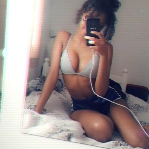 Black teen selfie