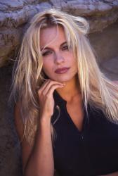 Памела Андерсон (Pamela Anderson) Barry King Photoshoot 1992 (31xHQ) XR1B4AHL_t