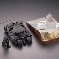 Batman : Batmobile Tumbler in Gotham City figure - Legacy of Revoltech (Revoltech) JiZ0YzZq_t