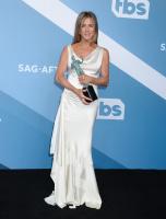 Jennifer Aniston 9aCjiVbJ_t
