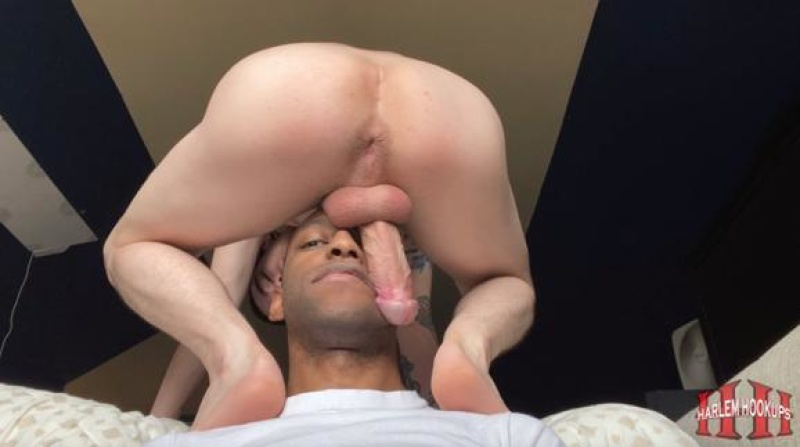 HarlemHookups: Throat Mounted