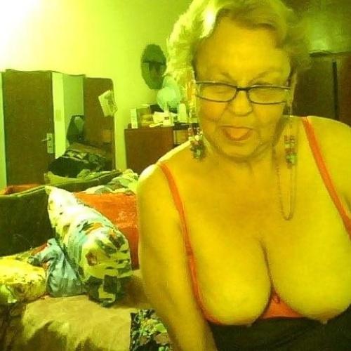 Chubby granny webcam