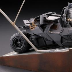 Batman : Batmobile Tumbler in Gotham City figure - Legacy of Revoltech (Revoltech) 6OWYlApK_t