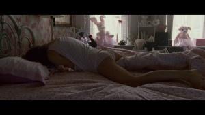 Natalie Portman / Mila Kunis / Black Swan / lesbi / sex / (US 2010) XkML8Rkl_t