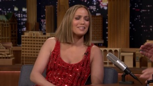 "Jennifer Lopez Wants ""The Ring"" - Jimmy Fallon (2018) ""Cleavage"" 1080p"