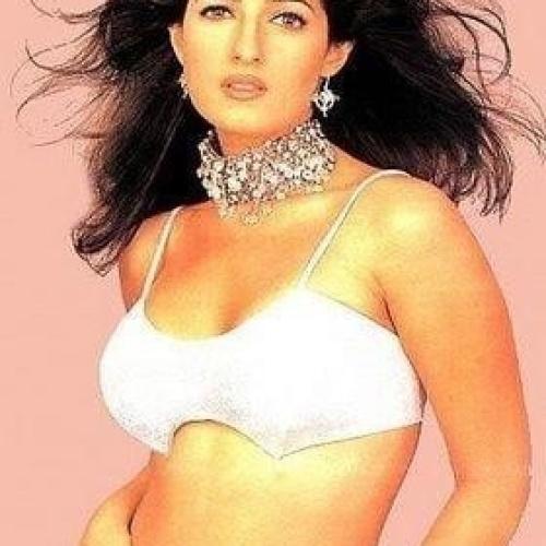 Twinkle khanna sexy photo