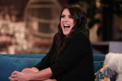 Cecily Strong - Busy Tonight: January 31st 2019