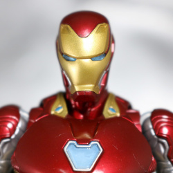 Iron Man (S.H.Figuarts) - Page 16 8klRD8G2_t