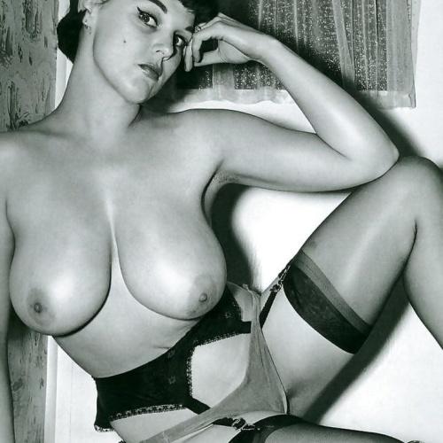 Porn naked girls pics