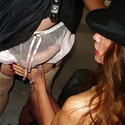 Amateur femdom mistress