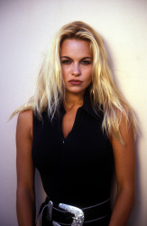 Памела Андерсон (Pamela Anderson) Barry King Photoshoot 1992 (31xHQ) Ml3eT56u_t