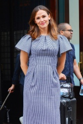 Jennifer Garner - Outside her hotel in New York 06/18/2019