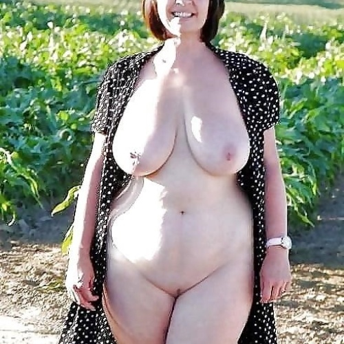 Hot nude mature milfs