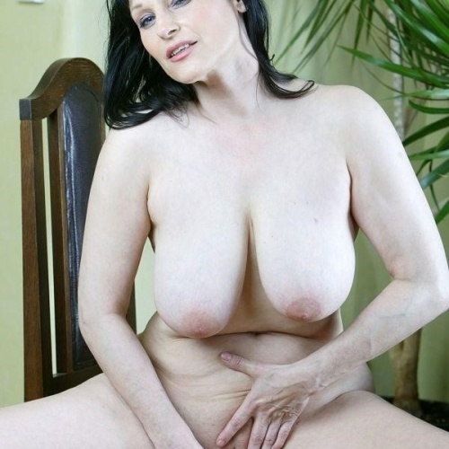Naked women dildo