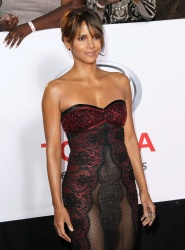 Something Halle berry showing her pussy