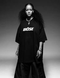 Rihanna    Zid3iDX7_t