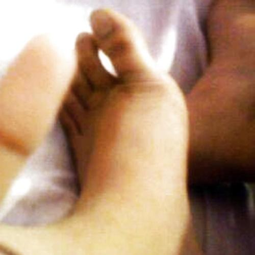 Teen feet nude pics