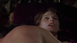 Milla Jovovich / .45 / nude / sex / lesbi / (US 2006) ULhDNfDQ_t