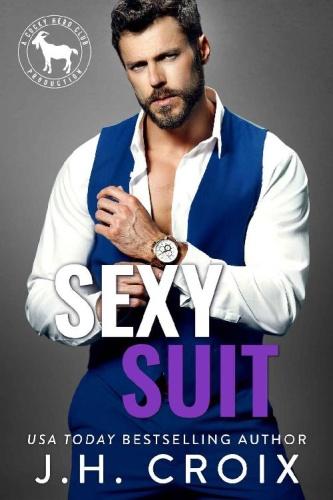 y Suit A Hero Club Novel   J H Croix