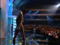 Christina Aguilera - 2002 MTV VMAs PJqll2iI_t