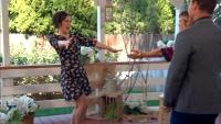 Erin Krakow - Hallmark's Home & Family 16.2.2018 (leggy) 720p