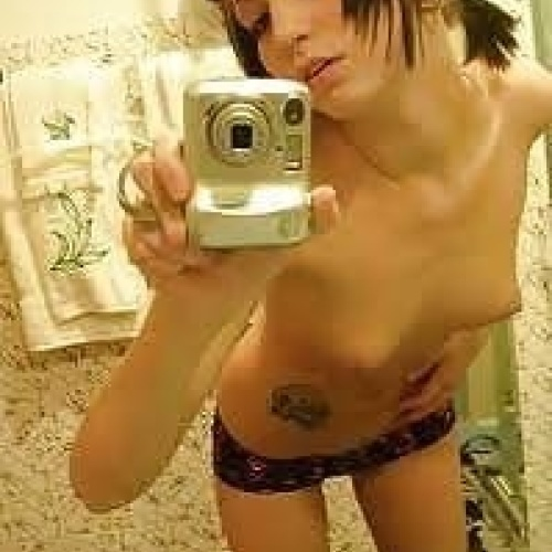 Self taken nude pics