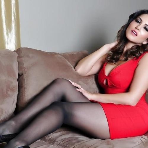 Sunny leone debut porn