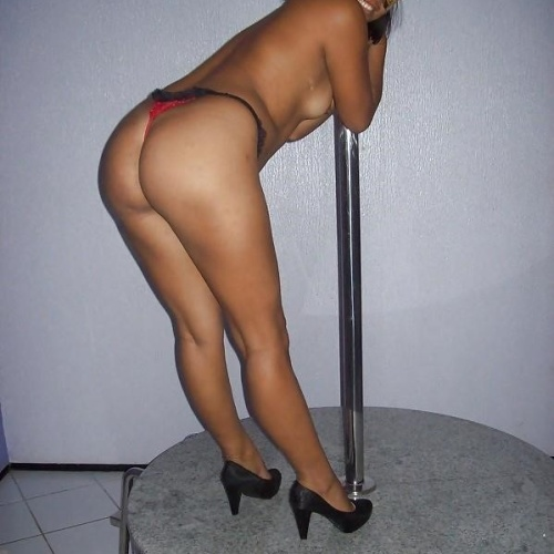 Sexy nude pole dance