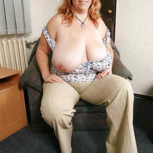 Hot bbw with huge tits