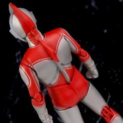 Ultraman (S.H. Figuarts / Bandai) - Page 5 ViLnY9wD_t