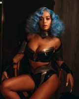 Rita Ora -           ''How To Be Lonely'' Promos.
