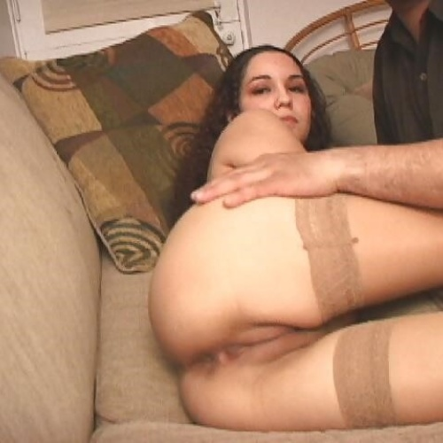 Nude thigh gap pics