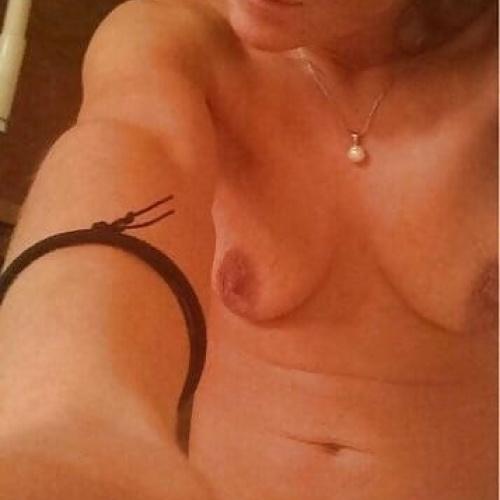 Real mom nude pics