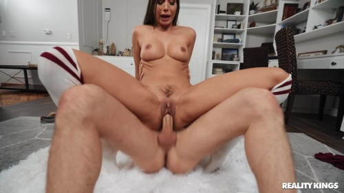 Desiree Dulce Atypical Porn Delivery (RKPrime 2020/03 1080p)