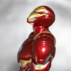 Iron Man (S.H.Figuarts) - Page 16 FswlaoLR_t
