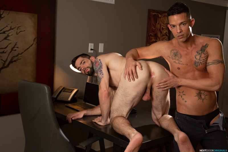 NextDoorOriginals: Julian Brady, Nic Sahara – Eager Interviewee (Bareback)